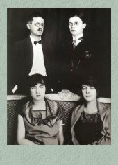 Joyce, su mujer, y sus hijos Giorgio y Lucia.